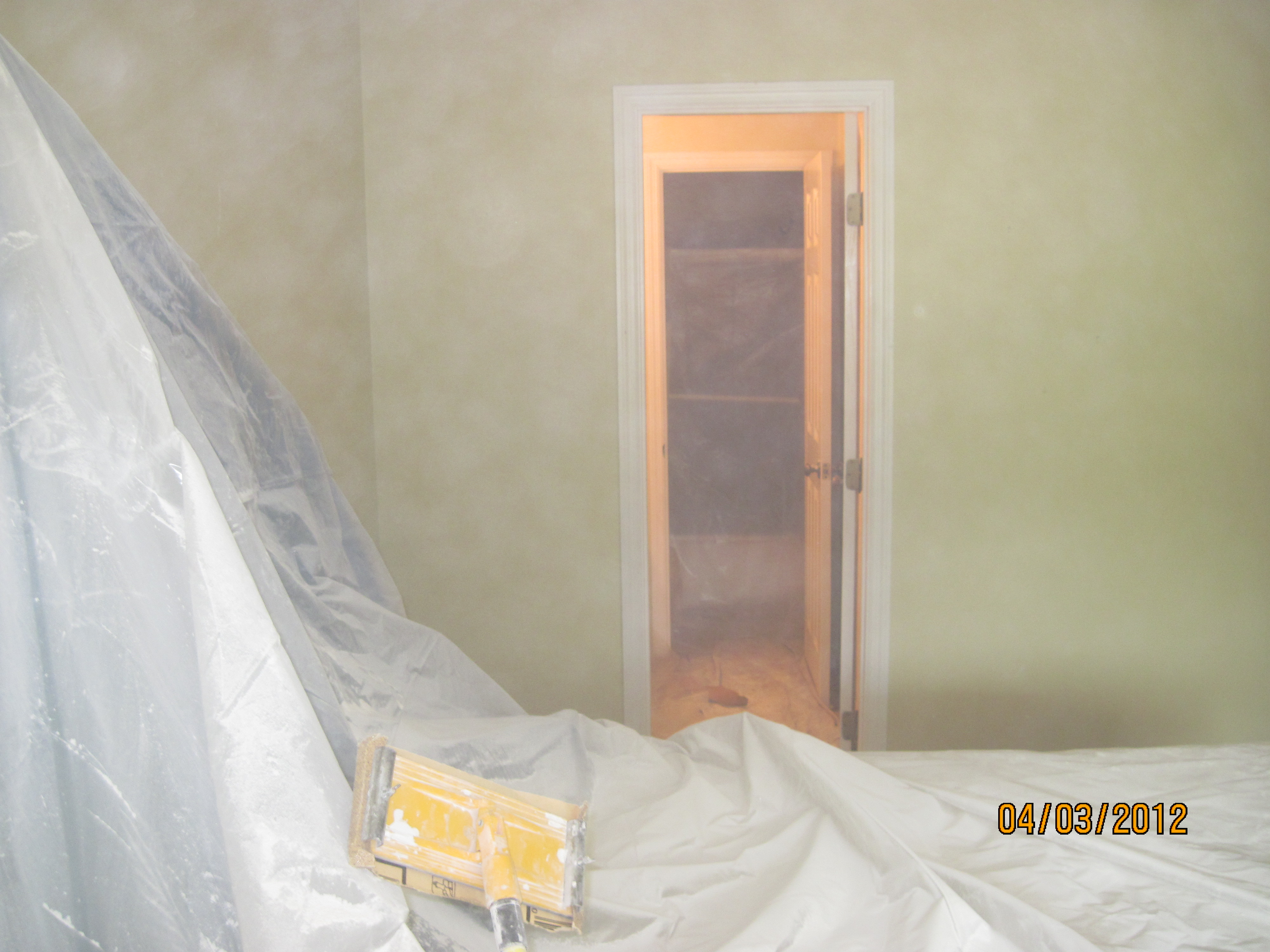 6Covering surfaces before painting