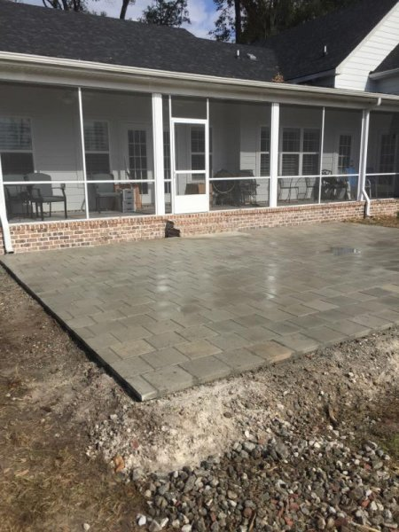 custom-back-patio-stepping-stones-25