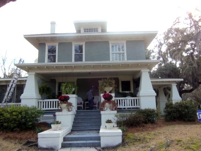 before-savannah-ga-home-restoration-porch.jpg